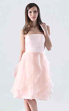 A-line Strapless Knee-length Organza Over Satin Bridesmaid/Wedding Party Dress
