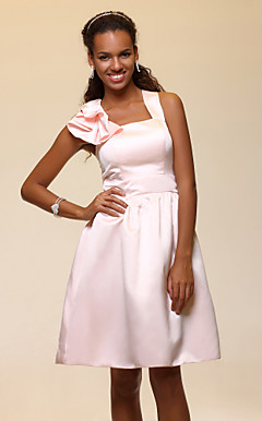 A-line Straps Knee-length Satin Bridesmaid Dress