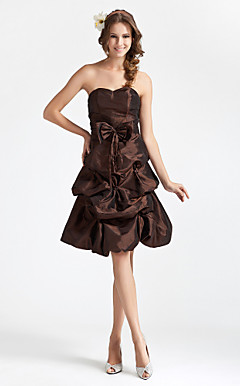 A-line Princess Sweetheart Knee-length Taffeta Bridesmaid Dress