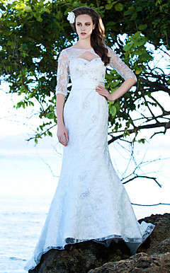 Trumpet/Mermaid Bateau Court Train Lace Wedding Dress
