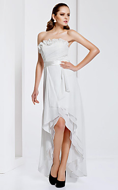 Sheath/Column Strapless Asymmetrical Chiffon Evening Dress
