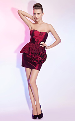 Sheath/Column Sweetheart Strapless Short/Mini Taffeta Cocktail Dress