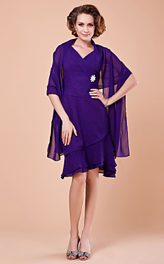 Sheath/Column V-neck Knee-length Chiffon Mother Of The Bride Dress With A Wrap