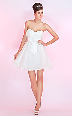 A-line Sweetheart Short/Mini Satin Cocktail Dress