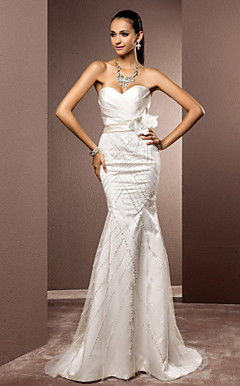 Trumpet/Mermaid Sweetheart Sweep/Brush Train Satin And Tulle Wedding Dress