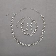 أزياء أنيقة ببهجة الربيع وإشراقه ..اطقم من المجوهراتاطقم المجوهراتاطقم مجوهرات