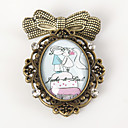 Personalized Old-fashion Handmade Brooch - Kissing